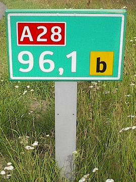Kilometre marker 96.1 of route A28 in the Netherlands